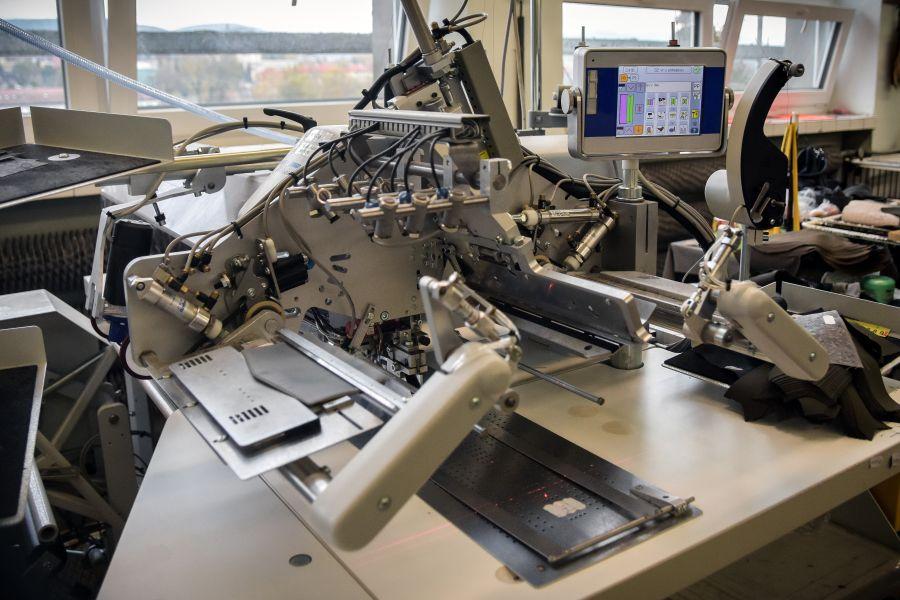 Odeva Lipany - Automaty pre presné zhotovenie vreciek rôznych tvarov